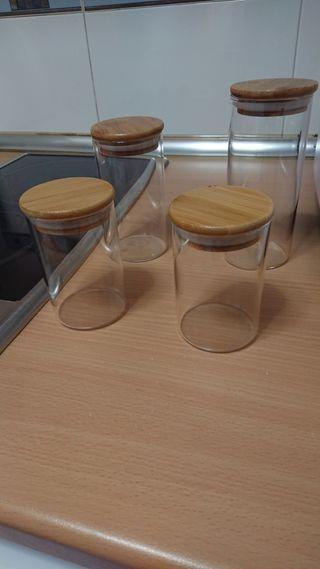 Set de envases y pegatinas