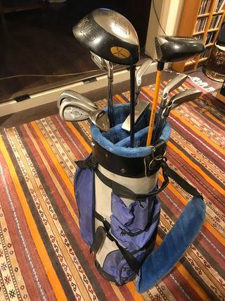 Palos de golf con bolsa de palos