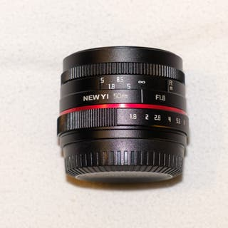 Objetivo NewYi 50mm f1.8 para Fuji