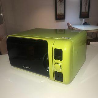 Microondas retro verde