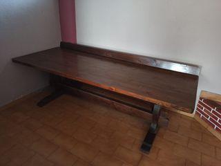 Mesa de pino maciza con banco y 2 sillas