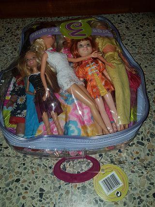 Lote de 12 muñecas
