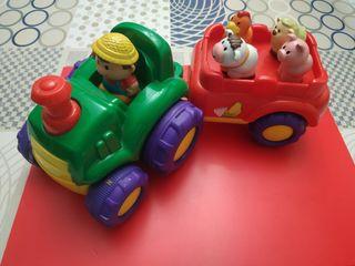 Tractor infantil con sonido.