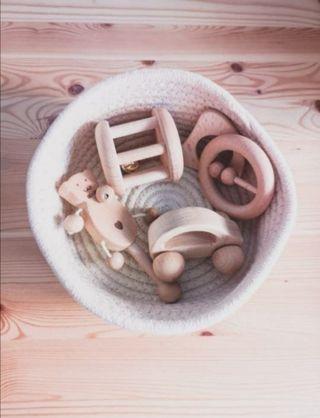 cesta panera tesoros bebé Montessori