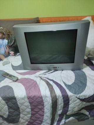 """Televisión 30"""""""
