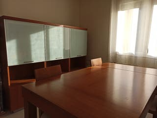 Mueble comedor y mesa extensible