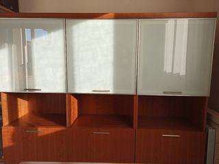 Mueble comedor con vitrinas