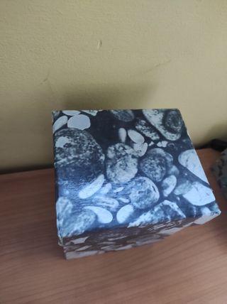 cajas piedras decoración almacenaje