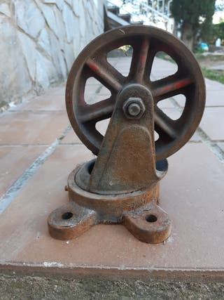 4 ruedas de hierro vintage giratorias