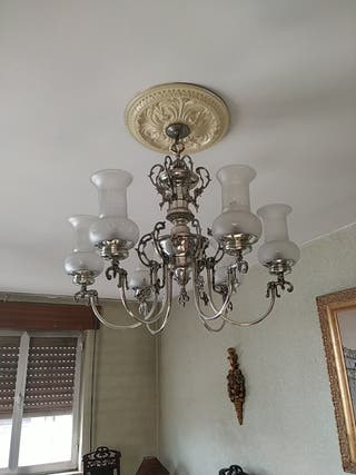 Lámpara clásica. precio negociable