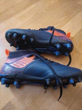 botas de fútbol de tacos Kipsta