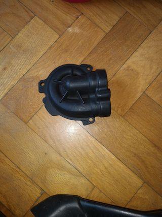 Tapa bomba de agua Yamaha MT 07/XSR/TRACER700