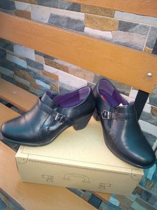 sapatos de tacon