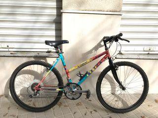 """Bicicleta BTT Metta 26"""" talla S"""