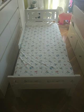 Cama niños Ikea 70cm* 160 cm