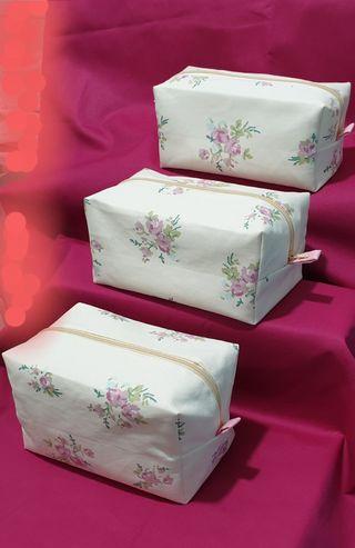 Fashion Cosmetics Makeup Bag Large PENCILCASE Scho
