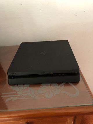 PS4 500 gb + 2 MANDOS + NBA 2k16, fifa 18 y 19
