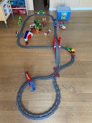 Tren LEGO con pilas y granja completa