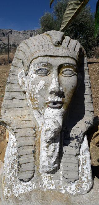 cara egipcia para fuente