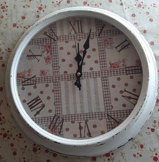 Reloj de pared Patcworth