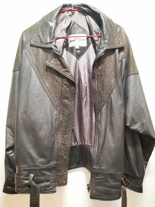 Authentic leather bomber jacket (Canada)