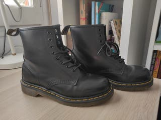 Dr Martens 1460 smooth negro (41)