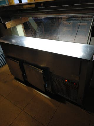 vitrina y cámara frigorifica de hosteleria