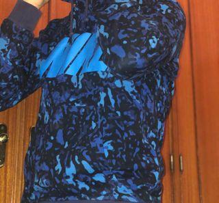 Sudadera NIKE de camuflaje azul - Talla M