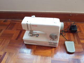 Máquina de coser electrica JATA