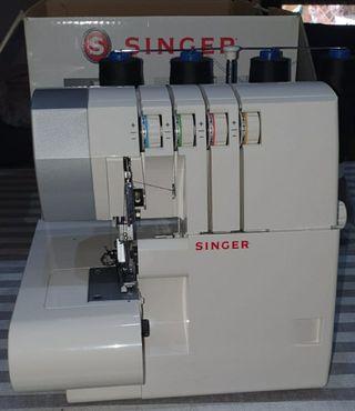 Máquina de coser Overlock SINGER