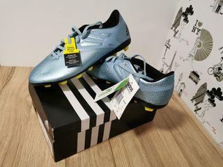 Botas fútbol niños Adidas Messi, nuevas