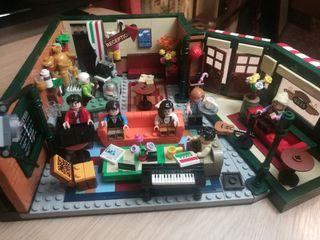 Set Central Perk Friends compatible con lego