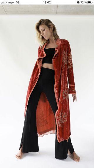 Kimono terciopelo Zara