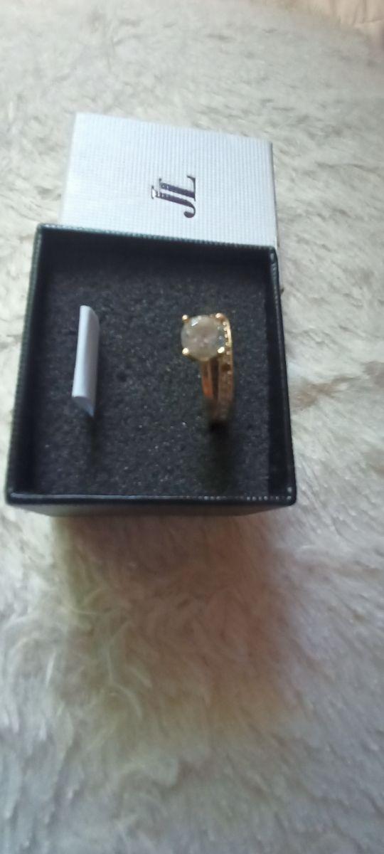 anillo de José Luis
