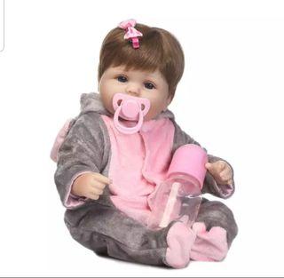 muñeca de silicona