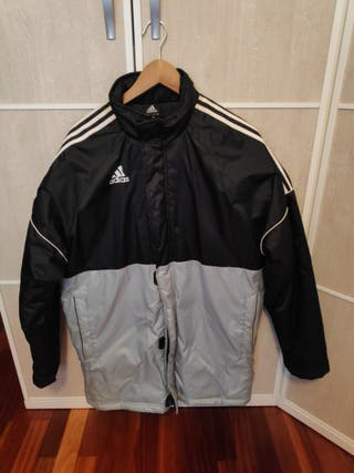 chaqueta/chubasquero adidas