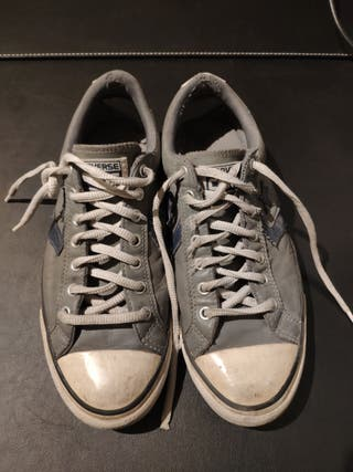 Zapatillas Converse grises. Talla 42