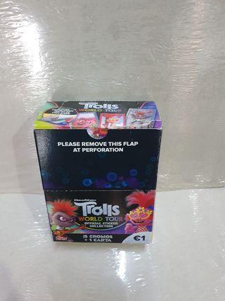 Caja Cromos Trolls Gira Mundial