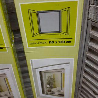 2 mosquiteras magnéticas 110 x 130 nuevas.