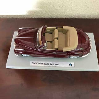 Maqueta coche BMW 502 Coupé Cabriolet (1:18)
