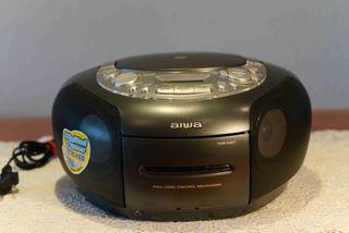 Radio CD cassette portátil. AIWA CSD-TD39.