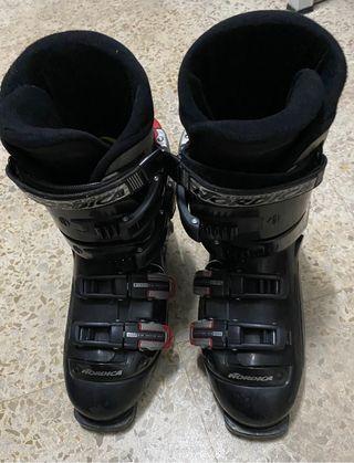 Botas de Esquí. Marca Nórdica