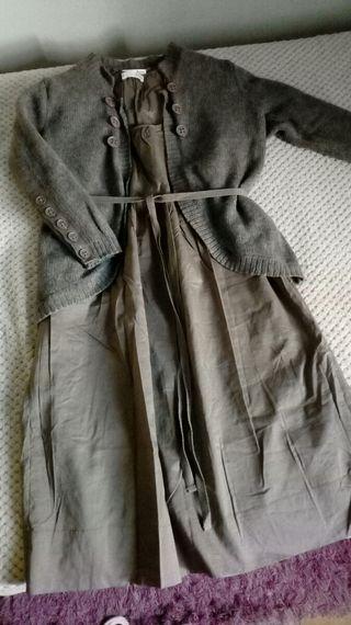 Conjunto vestido y rebeca gris