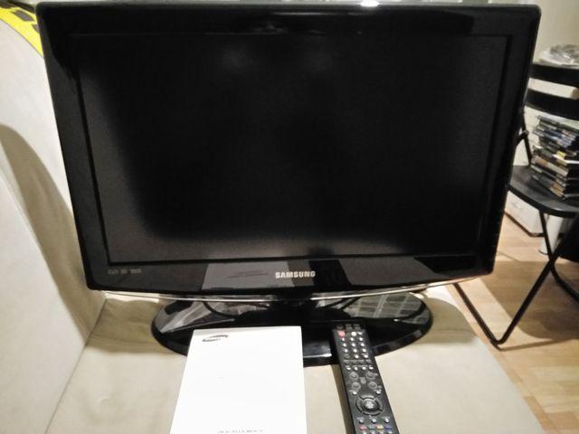 Samsung LCD TV LE23R8