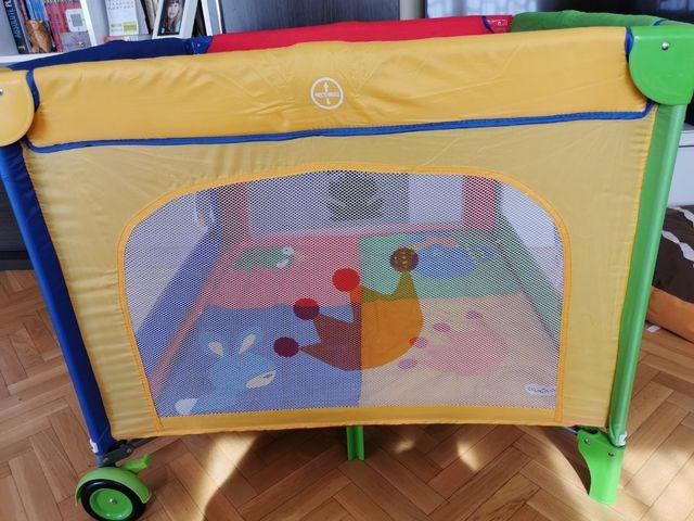 Cuna de viaje cuadrada / parque infantil Olmitos