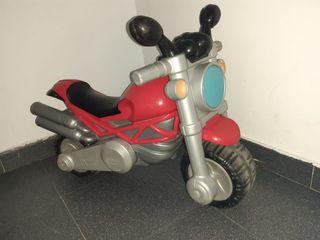 Moto Ducati Chicco juguete con sonido