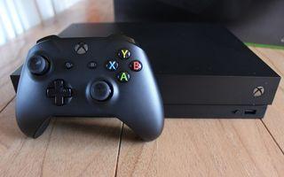 Xbox One X 1TB + 3 Mandos +15 Juegos