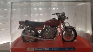 MOTO GUILOY KAWASAKI Z1000 REF. 501