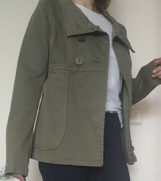 chaqueta verde militar trafaluc
