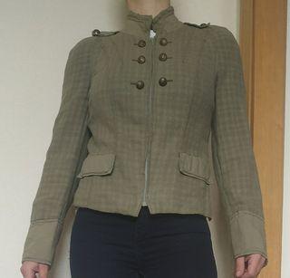 chaqueta blazer verde militar